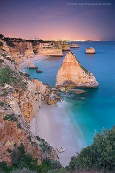 As Portugal makes so beautiful scenery! / Que bela :*) / … The Algarve, Portugal. Places Around The World, Oh The Places You'll Go, Travel Around The World, Places To Travel, Travel Destinations, Places To Visit, Spain And Portugal, Portugal Travel, Faro Portugal