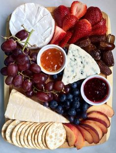 Fruit and Cheese Board The best cheese plate for Shavuot. This appetizer is extremely flexible so feel free to play around with different cheeses and fruits. No matter what, it will be an automatic crowd- pleaser. - Everything About Appetizers Party Food Platters, Cheese Platters, Simple Cheese Platter, Cheese And Cracker Tray, Cheese Platter Board, Meat Platter, Charcuterie And Cheese Board, Cheese Boards, Cheese Board Display
