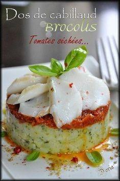 Une recette qui se prépare en 30 min... Ingrédients pour 4 personnes 600gr de dos de cabillaud 400gr de pommes de terre Amandine 250gr de brocolis 2 cs d'amandes 2 cs de parmesan râpé 6 pétales de tomates séchées 5 cs d'huile d'olive 40gr de beurre Sel...