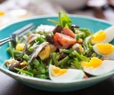 Want the Best Nicoise Salad? Stop Making it Like Everyone Else Nicoise Salad, Serious Eats, How To Cook Beans, Vinaigrette, Salad Recipes, Veggies, Cooking Recipes, Vegetarian, Favorite Recipes