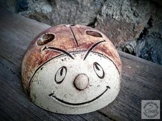 Dekorace   Beruška   Keramická dílna Jana Dušková Clay Cats, Cooking Timer, Pottery, Petra, Biscuit, Decor, Ideas, Clays, Craft