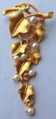 Vintage Trifari Kunio Matsumoto Signed Pearl Grape Leaf Brooch   eBay