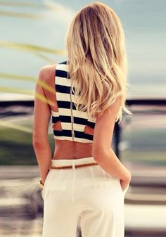 Summer style. Beach style. Striped Crop tank top. Boat style. Blond Hair. White pants.