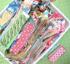 Sewing Fabric Storage Bee In My Bonnet: From my Quilty Studio.How I Save My Fabric Scraps.and All About Bonus Quilts! Quilting Room, Quilting Tips, Quilting Tutorials, Quilting Projects, Quilting Fabric, Bag Tutorials, Sewing Tutorials, Organizing Fabric Scraps, Organize Fabric