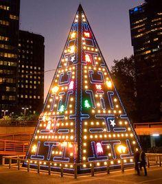 Árvore de Natal Pac Man (christmas tree)