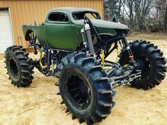 Classic Cars – Old Classic Cars Gallery Jacked Up Trucks, Lifted Cars, Diesel Trucks, Custom Trucks, Cool Trucks, Chevy Trucks, Pickup Trucks, Cool Cars, Lifted Chevy