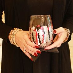 The bar is stocked and we're ready for game day! Gorgeous new game day glasses from @salliebynumanzelmo bring UGA spirit to your bar! Shop online! www.twofriends2.com #tfssi #stsimonsisland #seaisland #athens #gameday #tailgate #godawgs #dawgsontop #football #uga #redandblack #handpainted #wine #vino #happyhour