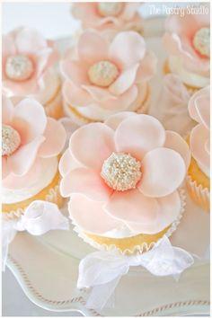 Pearl blush pink cupcakes