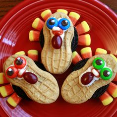 10 Turkey Crafts for Thanksgiving