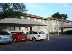 2 bedroom flat in Die Hoewes, Die Hoewes, Property in Die Hoewes - Flat, Bedroom, Search, House, Bass, Home, Searching, Bedrooms, Homes
