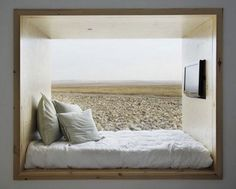 this alcove bed kinda looks like a huge window seat Alcove Bed, Bed Nook, Bedroom Nook, Cozy Nook, Bedroom Ideas, Bedroom Decor, Bed Ideas, Master Bedroom, Window Bed