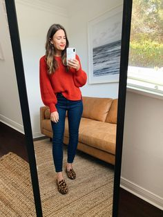 How to Style Leopard for the Holidays Top Fashion, Fashion Mode, Fashion Week, Fashion Outfits, Professional Outfits, Casual Winter Outfits, Fall Outfits, Cute Outfits, Mode Chic