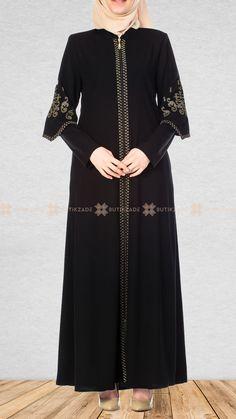 Black ferace with cross-stitch embroidery - 2019 Hijab Clothing Hijab Outfit, Hijab Style Dress, Dress Outfits, Iranian Women Fashion, Islamic Fashion, Muslim Fashion, Abaya Fashion, Fashion Dresses, Muslim Long Dress