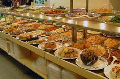 7 foolproof ways to outeat everyone at a buffet, courtesy of a pro eater