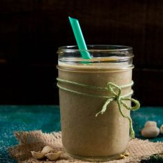 Pistachio Date Milk Smoothie