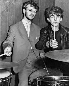 Ringo Starr focuses on missing Beatles photos at launch of new book | Music | The Guardian
