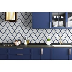 Peel And Stick Tile, Stick On Tiles, Peel And Stick Wallpaper, Navy Cabinets, Navy Blue Kitchen Cabinets, Blue Kitchen Tiles, Dark Kitchen Cabinets Ideas, Kitchen Colors, Navy Blue Kitchens