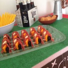 Pepperoni tray beer setup