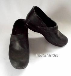 Eastland Black Leather Closed Back Professional Clogs #Mules Shoes Womens size 8 #Eastland #Clogs