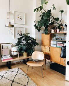 Home decor interior design house decoration apartment wooden cabinet indoor Eclectic Living Room, Cozy Living Rooms, Home And Living, Living Room Decor, Living Spaces, Modern Living, Decoration Inspiration, Decoration Design, Decor Ideas