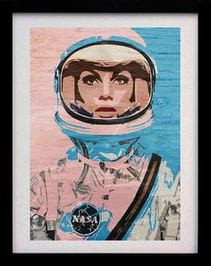 Hey, I found this really awesome Etsy listing at https://www.etsy.com/pt/listing/483942925/astronaut-girl-pop-art-limited-edition