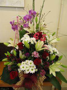 Centre de flors per un 65é aniversari