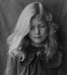 1912 beautiful young girl