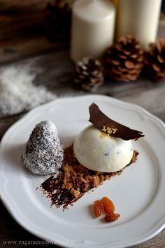 Semifreddo alla Ricotta e Uvetta con alberello al cioccolato uvetta e Cocco