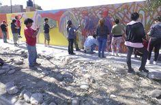 Jujuy se sumó a la Convocatoria Nacional de Murales Colectivos Jóvenes y adultos de las localidades de Abra Pampa y San Pedro plasmaron sus obras de arte en el mural. Registraron ideas sobre políticas sociales, culturales, la promoción de derechos y el Éxodo jujeño.