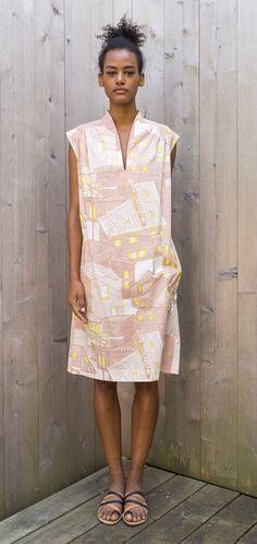 Language of the Birds Shift in Alewa Nude Dress Skirt, Peplum Dress, Dress Up, Simple Dresses, Summer Dresses, Japanese Outfits, Japanese Clothing, Dress Making Patterns, Vegan Fashion