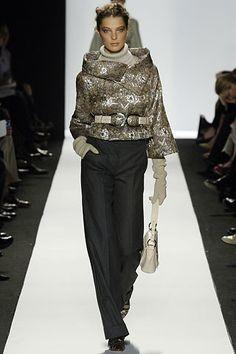 Oscar de la Renta Fall 2006 Ready-to-Wear Fashion Show - Daria Werbowy