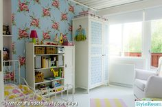 Colorful Girls Bedroom, Love the Cath Kidston looking wall paper