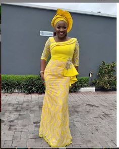 tyle with 🖤? African Party Dresses, African Lace Dresses, Latest African Fashion Dresses, African Print Fashion, Lace Dress Styles, Ankara Gown Styles, African Lace Styles, African Traditional Dresses, African Attire