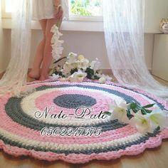 zoecrochet White #crochetaddict #crochet #peaceful #kidsroom #instagram #instagood #instacrochet #handmade #flowers #babyroom #crochetrug #love #trapillo #floral #girl #kids #homedecor #homestyle #beautiful #white #cute #tapete #zoecrochet #natopato #ganchillo #photooftheday #baby #Peace  #weekend #שיק