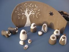 Petite crèche de Noël, santons 4,5 cm, terre brune, terre blanche