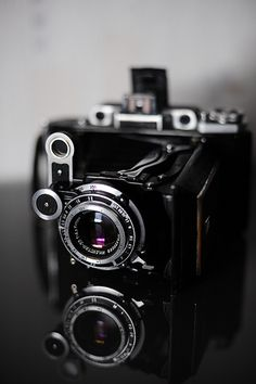 Moskva-2 medium format rangefinder camera