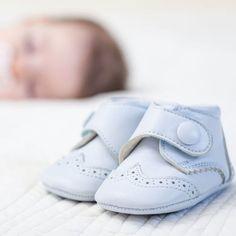 Scarpine da neonato: quali sono le più adatte?