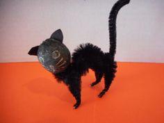 Vintage-Spun-Cotton-and-Chenille-Halloween-Black-Cat