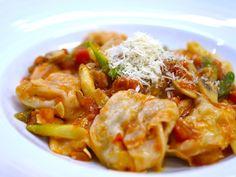 義大利乳酪餃佐茄汁醬  Cheese ravioli with tomato sauce  チーズラビオリ(トマトソース)