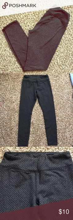 Soft black and grey patterned leggings Stretchy thick material, I would say these are normal to mid rise, the inseam is about 26inches. Pants Leggings
