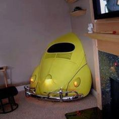 vw bug corner deco Make it a functional bar and ya got a winner there!