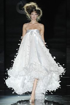 IMAGE - FOR BEAUTIFUL WHITE NIGHT GOWN, OF COURSE CHANGES WILL NEED TO BE MADE... LOVE THE MATERIAL & COLOR.  Hannibal Laguna