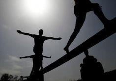 Frustración, rechazo y baja autoestima: los jóvenes que vuelven a casa. www.farmaciafrancesa.com