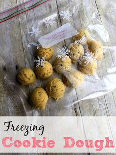Have warm, gooey cookies fresh from the oven anytime without all the work. Freezing cookie dough is easy to do and doesn't take a lot of work. You can enjoy fresh cookies every evening with this simple tip.