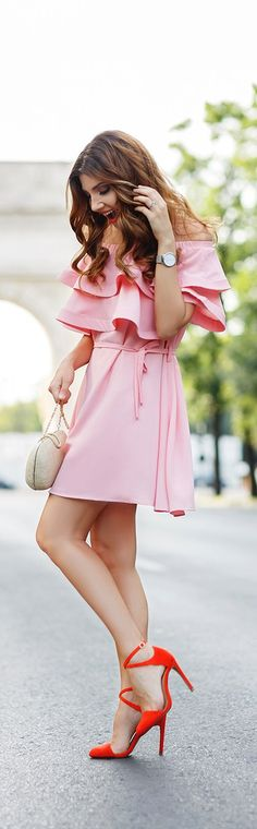 Chicwish pink ruffled dress // Fashion Look by Larisa Costea