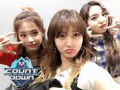 Nayeon with Jihyo and Tzuyu earlier at M Countdown backstage! . . QOTD : Favorite Rookie group song? . . Mine are WJSN - I Wish and NCT U The 7th Sense! . . #Nayeon#Jihyo#Tzuyu#나연#지효#쯔위#Twice#트와이스#kpop#kpopl4l#likeforlike#like4like#selca#selfie#얼스타그램#셀스타그램#좋아요