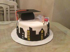 Graduation cap cake / pastel de graduación de la carrera de arquitectura (pastel con birrete y planos)