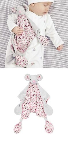 Pretty Floral Mouse Comforter JoJo Maman Bebe – Baby Gift Ideas Source by My Little Baby, Baby Kind, Baby Sleepers, Bebe Baby, Baby Box, Baby Socks, Baby Milestones, Things That Bounce, Comforters
