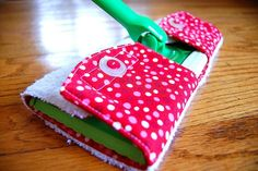 Make Your Own Reusable & Washable Swiffer Cover. Snaps make it easy!-mb