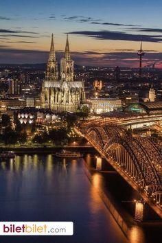 Almanya'nın en güzel şehirlerinden biri; Köln.  http://www.biletbilet.com/etiket/35/ucak-bileti
